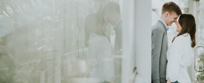 romantic couples session in greenhouse in Stockholm